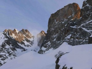 The Lourousa couloir at the center and the Stella Corno on the right