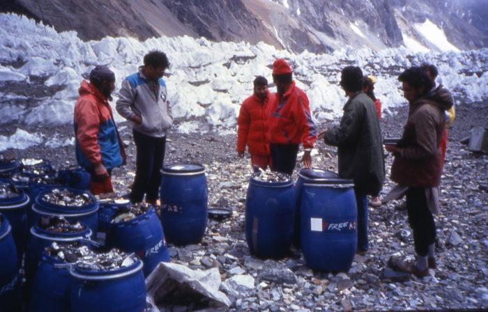Free K2 cleaning action - Garbage deposits.