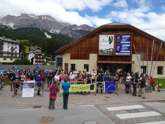 Demonstration in Cortina: Not in my name!